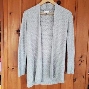 Croft & Barrow grey knit long sleeve open cardigan